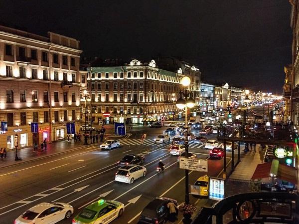 Санкт-Петербург Невский проспект фото: София Загряжская
