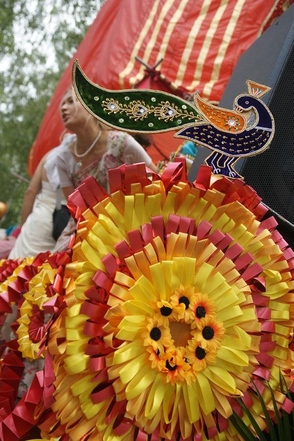 Красный Шатер стал центром одного из главных событий праздника -- ИНДИЙСКОЙ СВАДЬБЫ