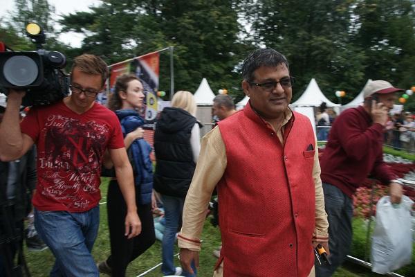 Господин Сэмми Котвани  Президент Индийского Бизнес Альянса, организатор Фестиваля фото: Арт-Релиз.РФ