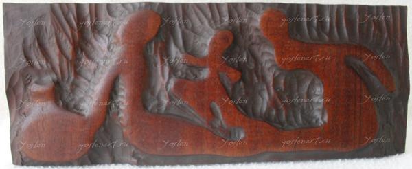 """Йослен Арриохас Орсини """"Единая Вселенная"""" барельеф, дерево 29x11x2  2010 г."""