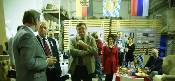 Мастерская Рябичевых Дружеская встреча  общественных деятелей Германии и Баварии с московскими коллегами  2012 г.