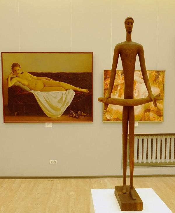 """Мария Бурганова """"Рыбак"""" красное дерево В 104 2009 г."""