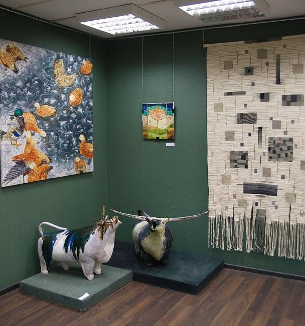 Рождественская выставка  МОСХ на Беговой, 9 2016 год