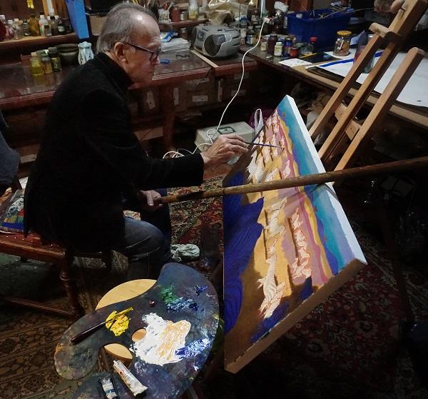 Палитра художника -- тоже произведение искусства.  Очень часто палитра рассказывает о характере и творческой истории ее владельца