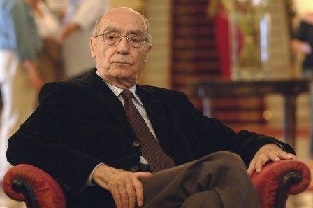 Жозе Сарамаго португальский писатель и поэт, драматург и переводчик, лауреат Нобелевской премии по литературе (1998).  Основатель Национального фронта защиты культуры.
