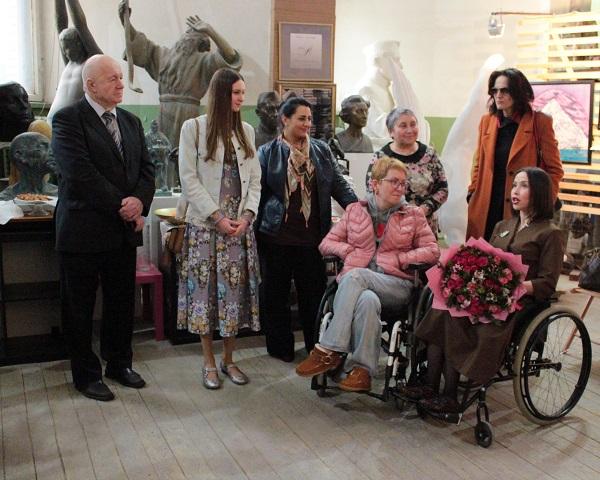 Выставка Ирины Богомоловой в Творческой Мастерской Рябичвых с Мариной Звягинцевой Арт-Релиз.РФ