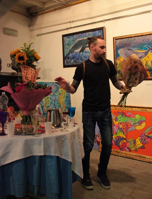 Выставка Ирины Богомоловой в Творческой Мастерской Рябичевых   много цветов Арт-Релиз.РФ