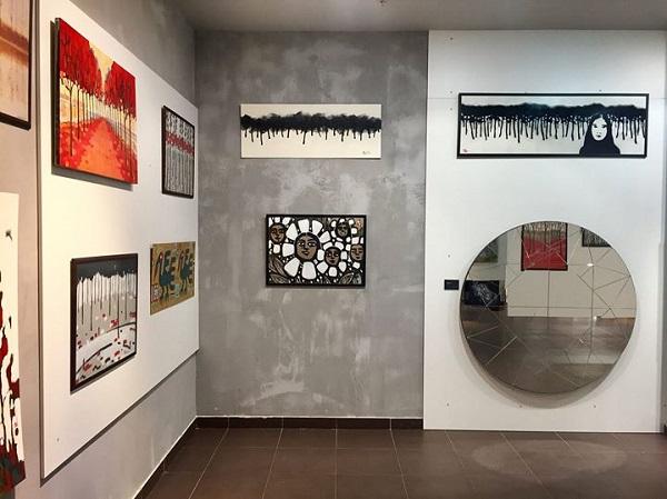Выставка Константина Малютина в Галерее Арт Гостинная продлена до 16 апреля