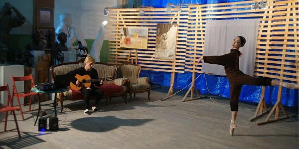 Влад Баранский и балерина Муцки Йосида в Мастерская Рябичевых выставка репетиция Арт-Релиз.РФ
