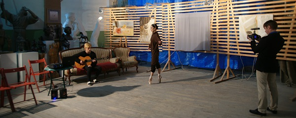 Влад Баранский и балерина Муцки Йосида в Мастерская Рябичевых (фото 3) Арт-Релиз.РФ