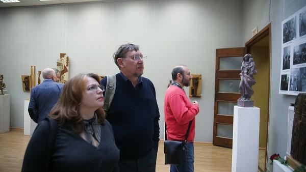 Выставка в МОСХ зрители. Арт-Релиз.РФ