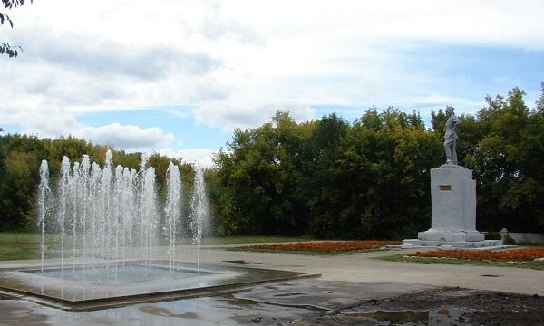 Памятник Чапаеву в Самарской области Арт-Релиз.РФ.
