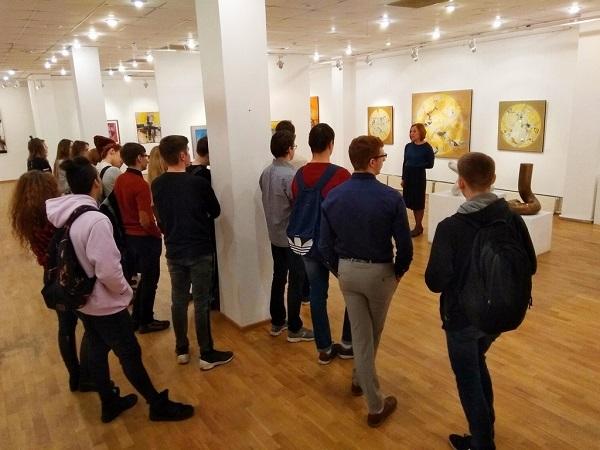 """Экскурсия по выставке """"3.0"""" с куратором Мариной Щелоковой Aster Art Gallery в галерее """"На Каширке"""""""