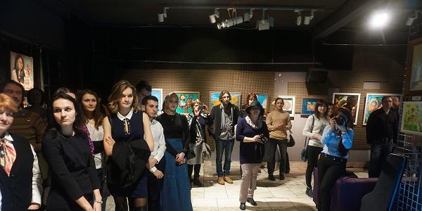 Выставка Bona Mente открытие Выставка Bona Mente организатор Творческая Мастерская Рябичевых для Унивеситетской Клиники