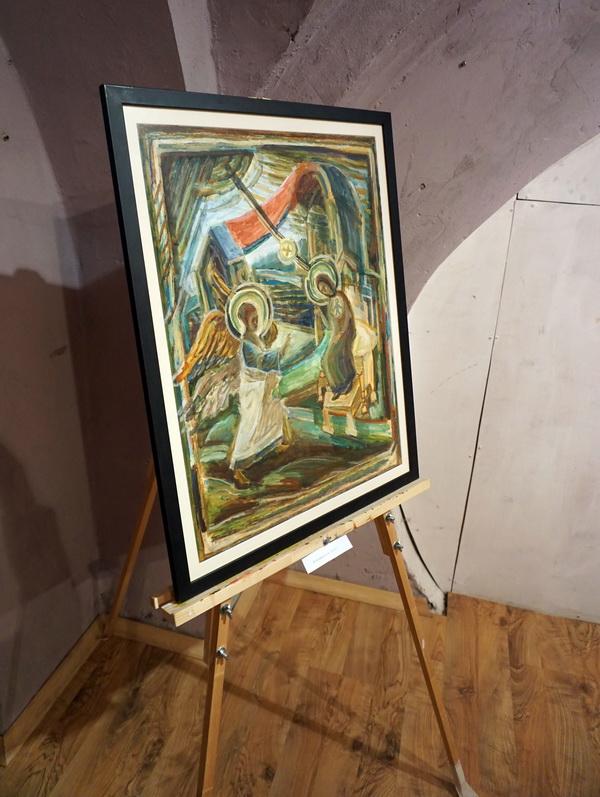 Выставка Юрия Петкевича в крипте храма СВЯТОГО НИКОЛАЯ НА ТРЕХ ГОРАХ