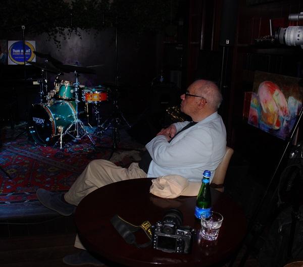 Михаил Сапожников автор проекта  TRANE ZEN ART Программа  AVANT-GARDE JAZZ LABORATORY Клуб Алексея Козлова Мансарда Каждый понедельник  в 19 часов вход свободный
