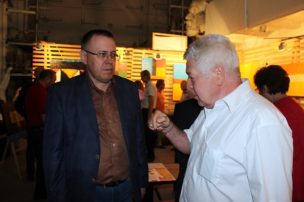 Ансар Галин и Евгений Окиншевич на выставке Каландар Арт-Релиз.РФ