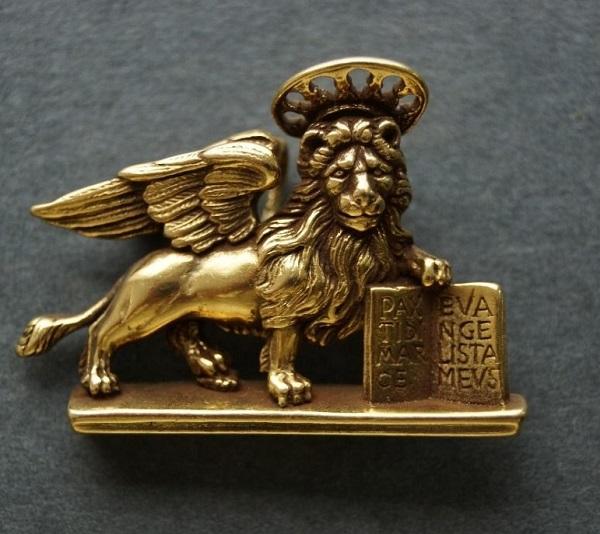 Лев Святого Марка Брошь  Винтаж Музей Метрополитен в Нью-Йорке Из коллекции Софии Загряжской