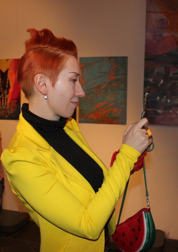 Наташа Монастырская  живописец, мультипликатор, иллюстратор, член международного некоммерческого партнерства «Искусство без границ»
