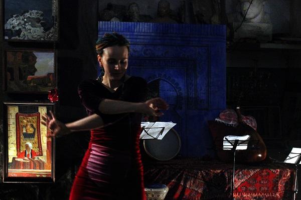 Мария Комыса танец . Творческая Мастерская Рябичевых Журнал ART-Reliz.RF, фото Арт-Релиз.РФ
