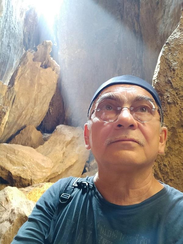 Константин (Gandi) Поляков Пещера Яна Пленэр в Гокарне 2018 год