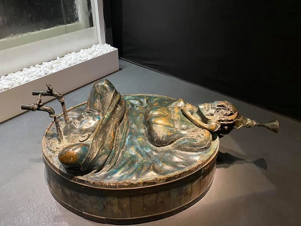 «Баня»  скульптор  Александр Рукавишников