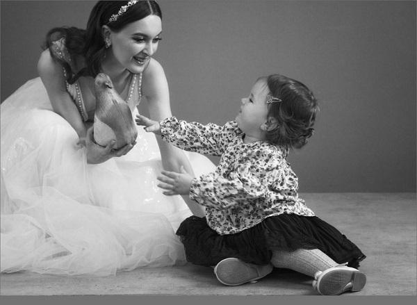Маленькая Олимпия -- подружка невесты  Фотосессия в Творческой Мастерской Рябичевых