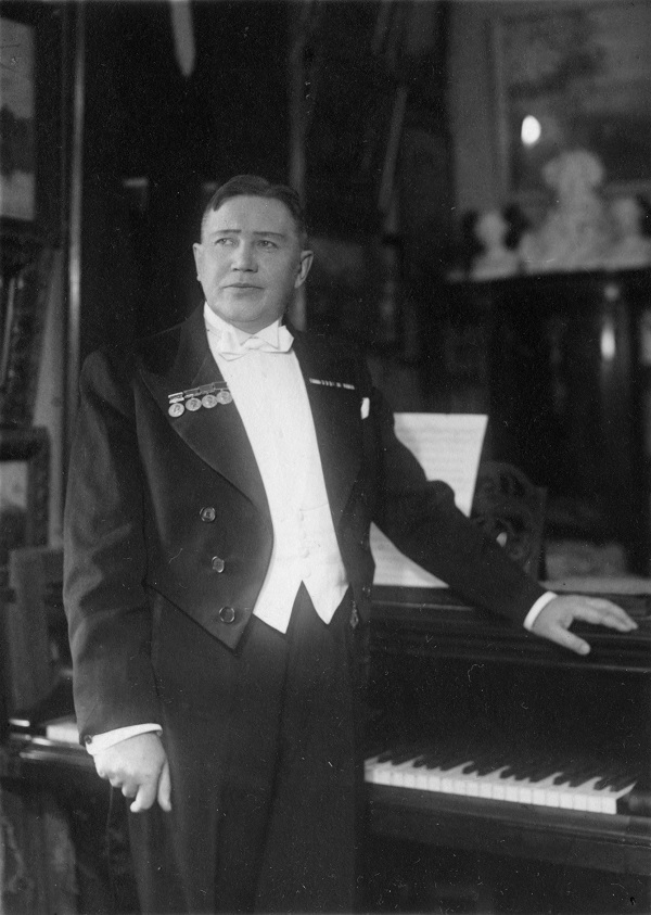 Николай Семёнович Голованов  (1891-1953 гг..) народный артист СССР главный дирижёр Большого театра  (1948-1953) советский музыкант и композитор